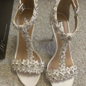 INC floral white heels (Size 6)